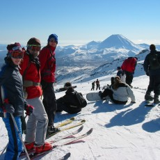 Club Skiers at Far West 1
